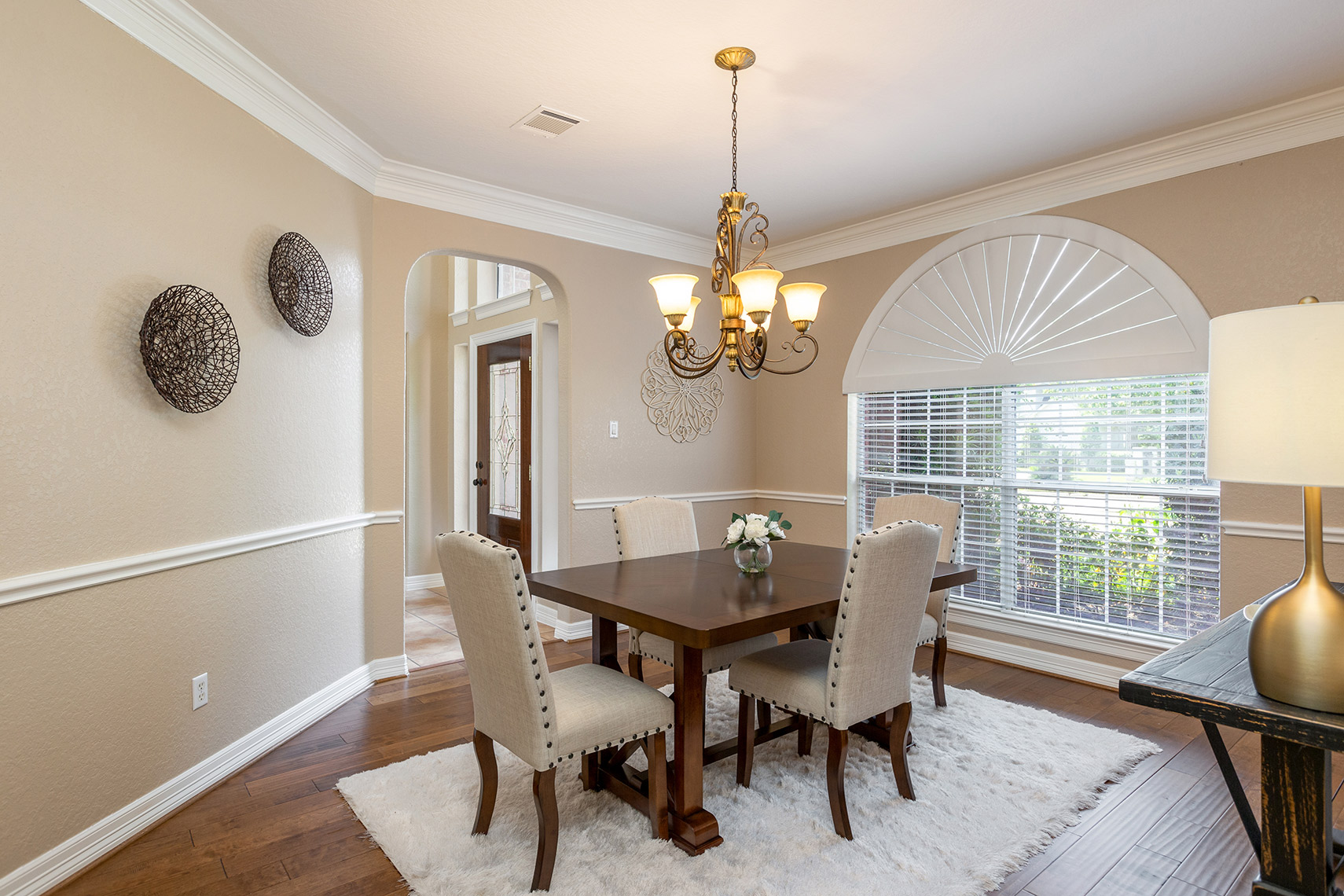 Formal-dining-room-with-hardwood-floors